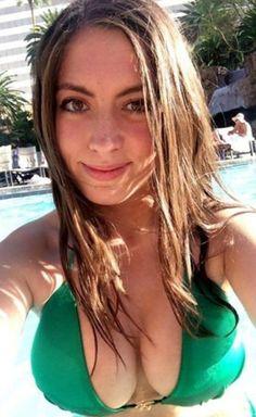 Madchen titten groen selfie mit schones