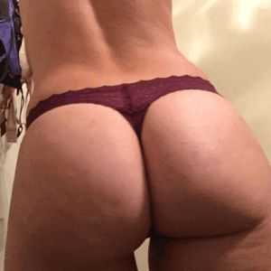 Titten latina selbst shot busty