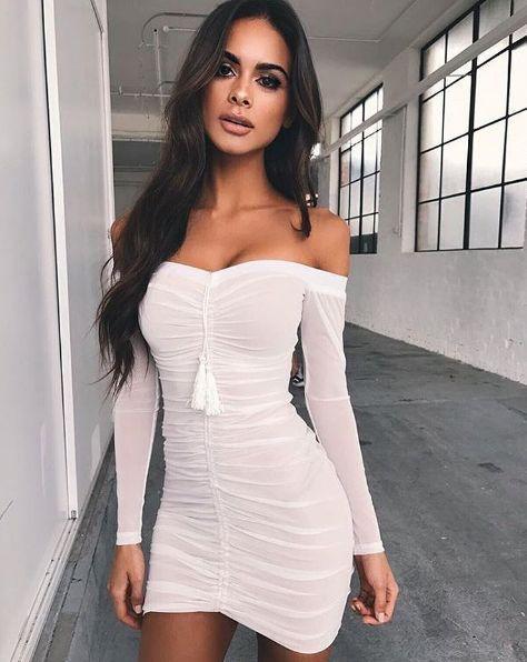 Enge kleider sexy madchen ziemlich