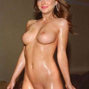 Nackt titten skinny big girl
