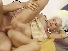 Video free anal granny moms