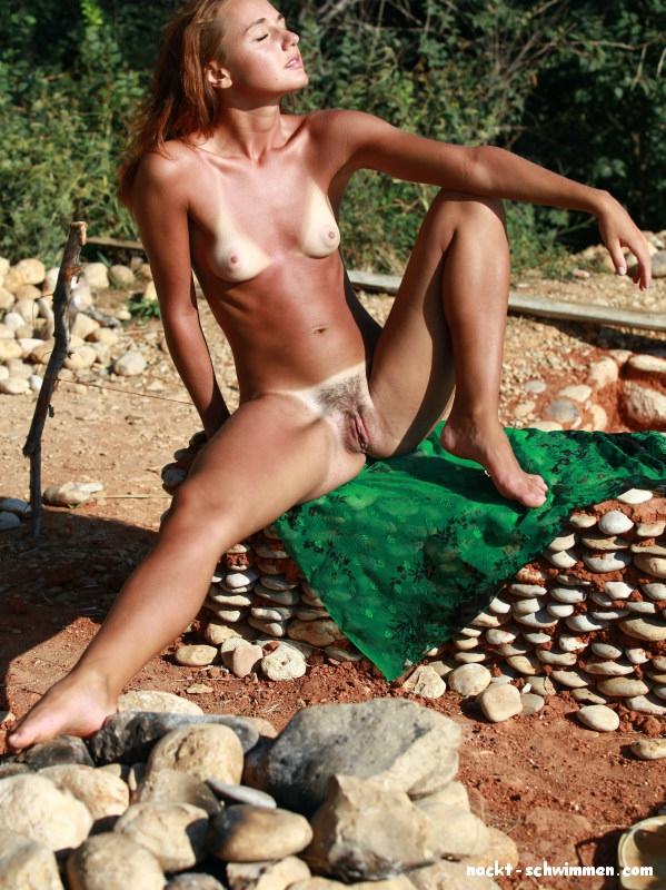 Sonne gebraunte nackte madchen nackt