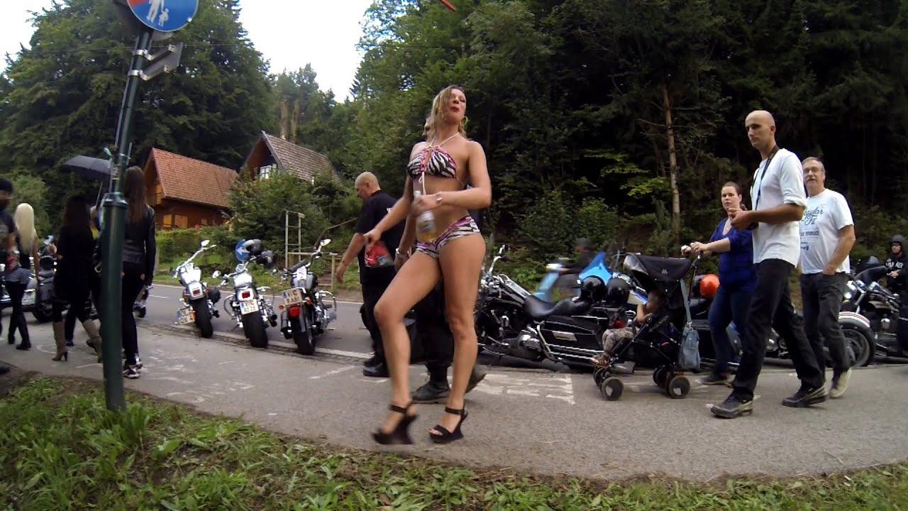 Bikes chicks nackte biker on
