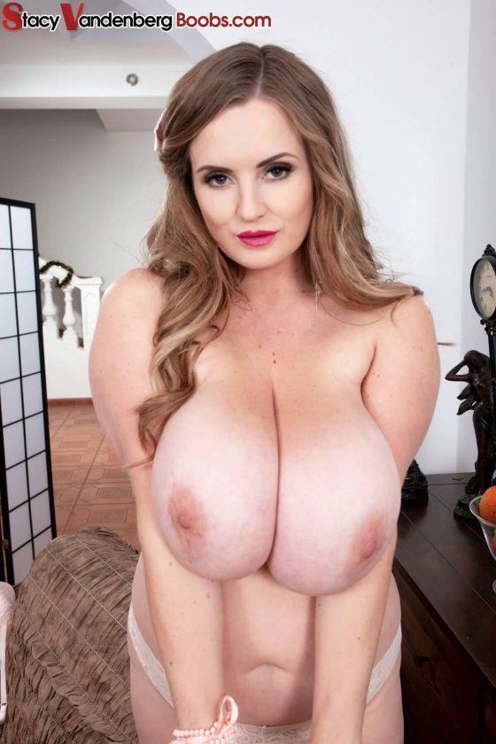 Pics porn big bra boobs amateur