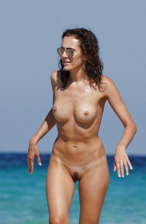 Boobs nudes pussy big und