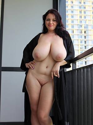 Nackt in der natur milfs