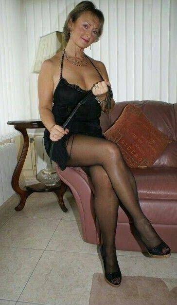 Bekleidet sex blonde frau voll sexy