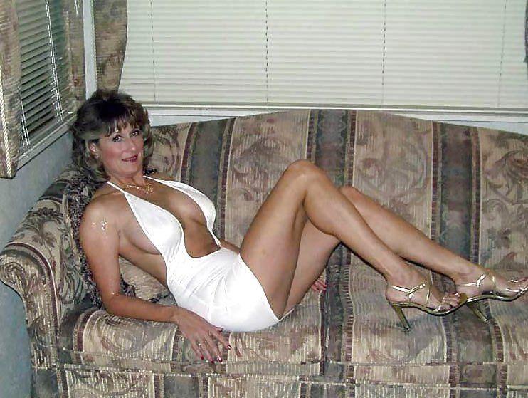 Nude models non amateur mature