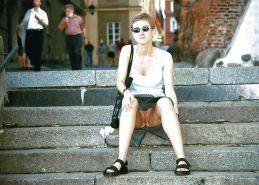 Damenslips nackt keine public amateur upskirt