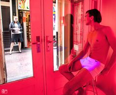 Light amsterdam district sex shows red