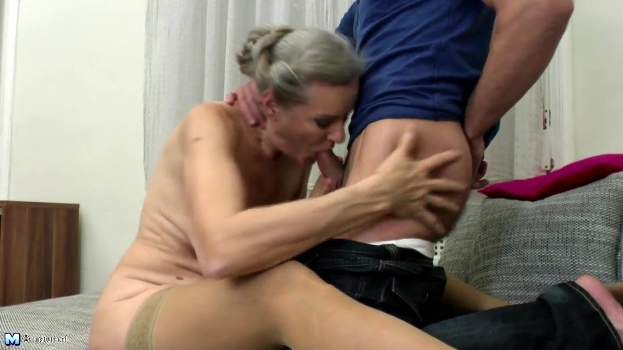 Vs muschi young cock mature