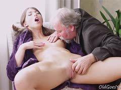 Sex die alte jungen manner mit