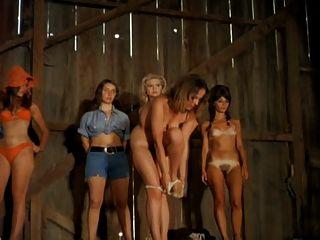 Auf buhne nude girl stripper der