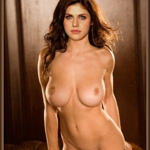 Nackt naturliche frauen haare rote