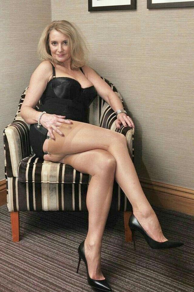 Beine mit heie sexy frauen reife