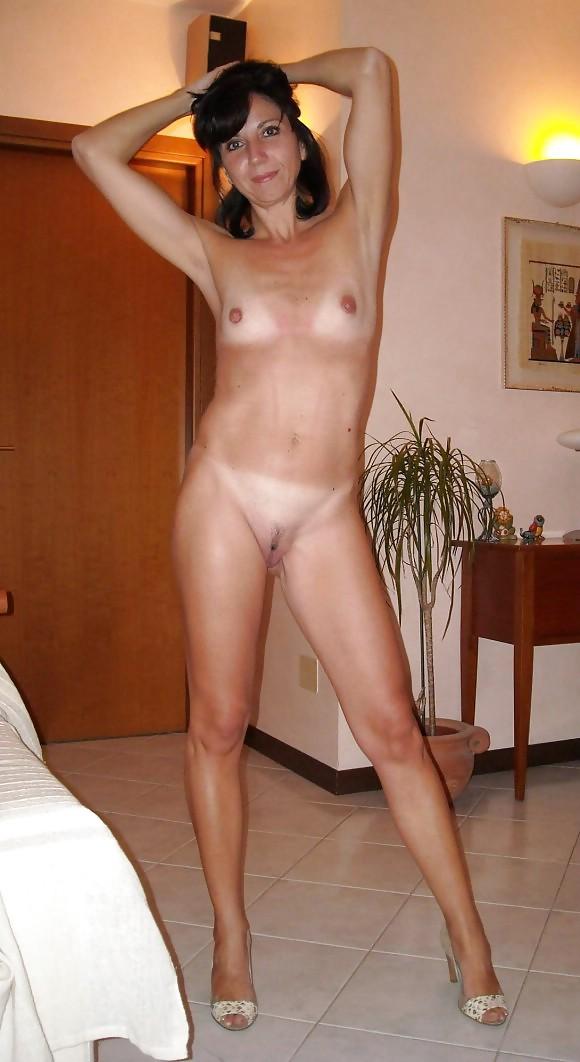 Frauen eimer frau amateur nackte