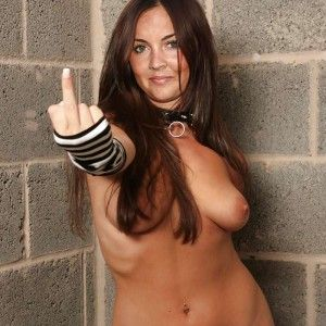 Nude pics free piper perabo