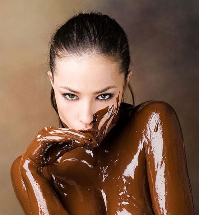 In covered sauce chocolate girl naked