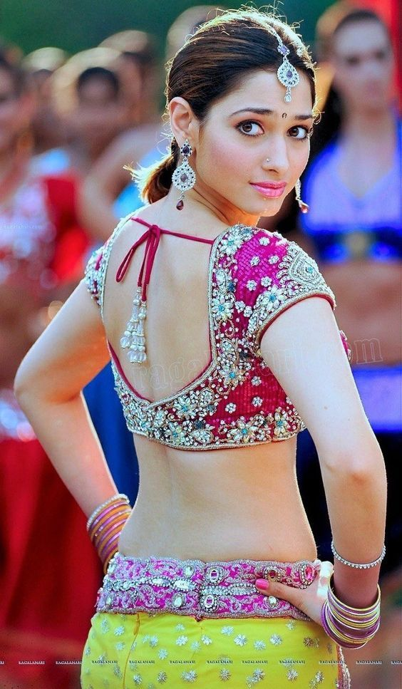 Attractive Bollywood Schauspielerin Voller Nude Pic Images