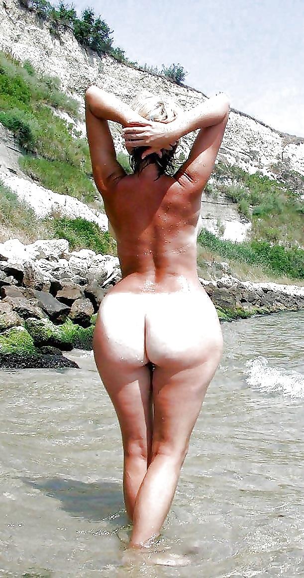 Strand mollige am nackt madchen