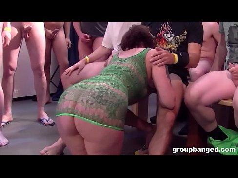 Spread reife pussy amateur schlampen
