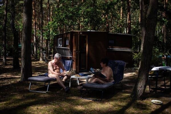 Galleries nude magazine fkk index fkk vintage
