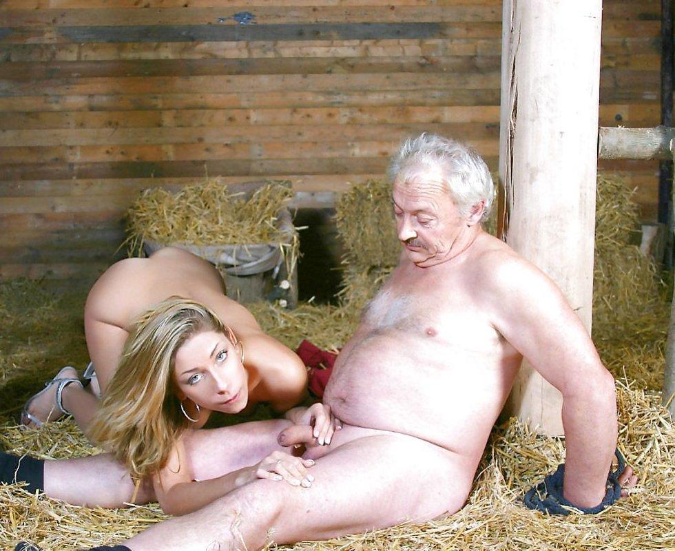 Blonde milf mittleren alter im